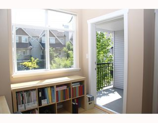 """Photo 3: 10 7322 HEATHER Street in Richmond: McLennan North Townhouse for sale in """"HEATHER GARDENS"""" : MLS®# V771223"""