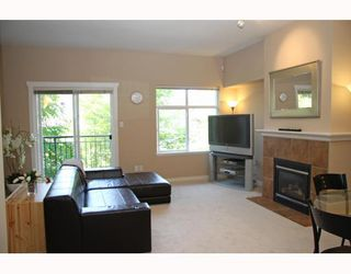 """Photo 7: 10 7322 HEATHER Street in Richmond: McLennan North Townhouse for sale in """"HEATHER GARDENS"""" : MLS®# V771223"""