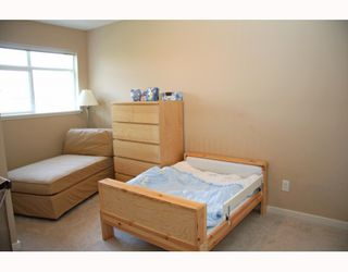 """Photo 5: 10 7322 HEATHER Street in Richmond: McLennan North Townhouse for sale in """"HEATHER GARDENS"""" : MLS®# V771223"""
