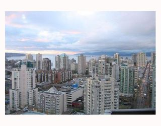 "Photo 2: 2907 1199 SEYMOUR Street in Vancouver: Downtown VW Condo for sale in ""THE BRAVA"" (Vancouver West)  : MLS®# V777341"