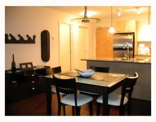"Photo 4: 2907 1199 SEYMOUR Street in Vancouver: Downtown VW Condo for sale in ""THE BRAVA"" (Vancouver West)  : MLS®# V777341"