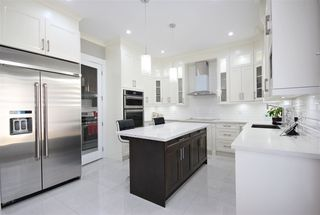 """Photo 8: 6009 PATRICK Street in Burnaby: South Slope House for sale in """"SOUTH SLOPE"""" (Burnaby South)  : MLS®# R2397388"""