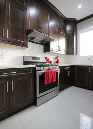"""Photo 9: 6009 PATRICK Street in Burnaby: South Slope House for sale in """"SOUTH SLOPE"""" (Burnaby South)  : MLS®# R2397388"""