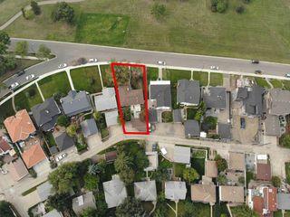 Photo 3: 8953 STRATHEARN Drive in Edmonton: Zone 18 House for sale : MLS®# E4175054