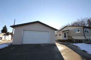 Photo 3: 5007 123 Avenue in Edmonton: Zone 06 House for sale : MLS®# E4180085