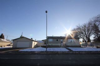 Photo 2: 5007 123 Avenue in Edmonton: Zone 06 House for sale : MLS®# E4180085