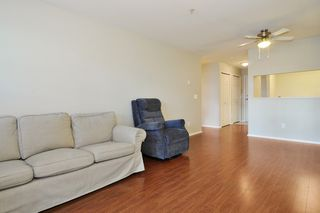 "Photo 3: 102 1558 GRANT Avenue in Port Coquitlam: Glenwood PQ Condo for sale in ""GRANT GARDENS"" : MLS®# R2444308"