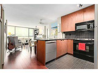 Photo 7: 305 2036 10TH Ave W: Kitsilano Home for sale ()  : MLS®# V1079630