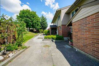 """Photo 34: 111 10748 GUILDFORD Drive in Surrey: Guildford Townhouse for sale in """"GUILDFORD CLOSE"""" (North Surrey)  : MLS®# R2457546"""