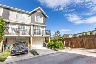 Photo 3: 10 8699 158 Street in Surrey: Fleetwood Tynehead Townhouse for sale : MLS®# R2470005