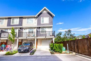 Photo 4: 10 8699 158 Street in Surrey: Fleetwood Tynehead Townhouse for sale : MLS®# R2470005