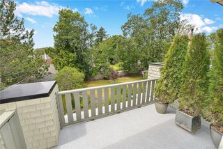 Photo 34: 4 914 St. Charles St in Victoria: Vi Rockland Row/Townhouse for sale : MLS®# 845160