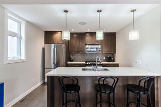 Photo 5: 2 3716 16 Street SW in Calgary: Altadore Row/Townhouse for sale : MLS®# A1026191
