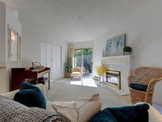 Photo 4: 15 5156 Cordova Bay Rd in : SE Cordova Bay Row/Townhouse for sale (Saanich East)  : MLS®# 853801