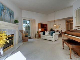 Photo 5: 15 5156 Cordova Bay Rd in : SE Cordova Bay Row/Townhouse for sale (Saanich East)  : MLS®# 853801