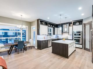 Photo 13: 123 ASPEN SUMMIT View SW in Calgary: Aspen Woods Detached for sale : MLS®# A1043410
