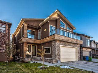 Photo 2: 123 ASPEN SUMMIT View SW in Calgary: Aspen Woods Detached for sale : MLS®# A1043410
