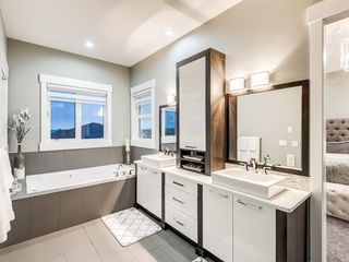 Photo 32: 123 ASPEN SUMMIT View SW in Calgary: Aspen Woods Detached for sale : MLS®# A1043410