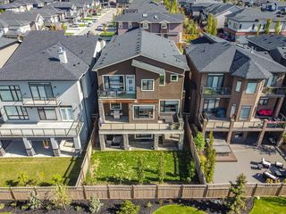 Photo 4: 123 ASPEN SUMMIT View SW in Calgary: Aspen Woods Detached for sale : MLS®# A1043410