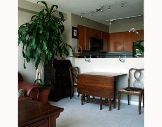 Photo 5: 2308 63 KEEFER Place in Vancouver: Downtown VW Condo for sale (Vancouver West)  : MLS®# V786386