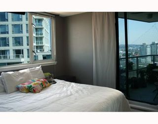 Photo 9: 2308 63 KEEFER Place in Vancouver: Downtown VW Condo for sale (Vancouver West)  : MLS®# V786386