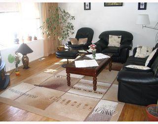 Photo 3: 115 PEMBRIDGE Bay in WINNIPEG: St Vital Residential for sale (South East Winnipeg)  : MLS®# 2918052