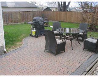 Photo 2: 115 PEMBRIDGE Bay in WINNIPEG: St Vital Residential for sale (South East Winnipeg)  : MLS®# 2918052