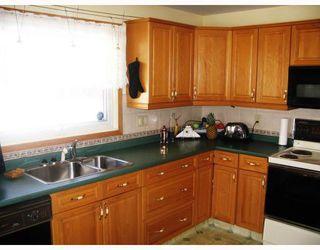 Photo 6: 115 PEMBRIDGE Bay in WINNIPEG: St Vital Residential for sale (South East Winnipeg)  : MLS®# 2918052