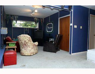 "Photo 10: 5209 LYNN Place in Ladner: Ladner Elementary House for sale in ""LADNER ELEMENTARY"" : MLS®# V809720"