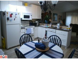 """Photo 3: 94 15875 20TH Avenue in Surrey: King George Corridor Manufactured Home for sale in """"SEARIDGE BAYS"""" (South Surrey White Rock)  : MLS®# F1007070"""