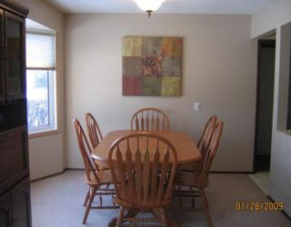 Photo 3: 130 SAGE WOOD Avenue in WINNIPEG: North Kildonan Residential for sale (North East Winnipeg)  : MLS®# 2901897