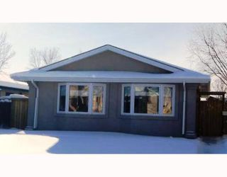 Photo 1: 130 SAGE WOOD Avenue in WINNIPEG: North Kildonan Residential for sale (North East Winnipeg)  : MLS®# 2901897