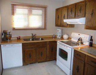 Photo 2: 130 SAGE WOOD Avenue in WINNIPEG: North Kildonan Residential for sale (North East Winnipeg)  : MLS®# 2901897