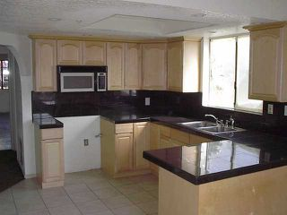 Photo 4: SPRING VALLEY House for sale : 4 bedrooms : 9009 Rosedale Dr.