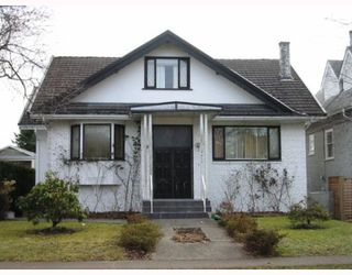 "Photo 1: 4410 W 12TH Avenue in Vancouver: Point Grey House for sale in ""S"" (Vancouver West)  : MLS®# V761617"