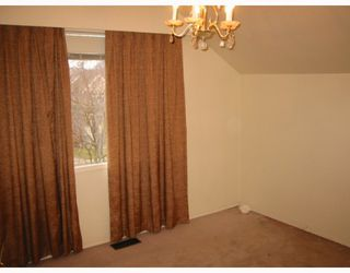 """Photo 9: 4410 W 12TH Avenue in Vancouver: Point Grey House for sale in """"S"""" (Vancouver West)  : MLS®# V761617"""