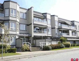 "Photo 1: 208 1840 E SOUTHMERE Crescent in Surrey: Sunnyside Park Surrey Condo for sale in ""SOUTHMERE MEWS WEST"" (South Surrey White Rock)  : MLS®# F2917717"
