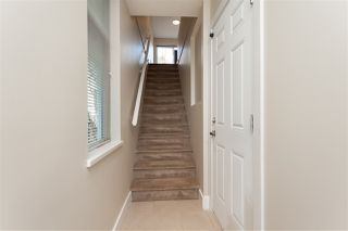 """Photo 5: 9 15833 26 Avenue in Surrey: Grandview Surrey Townhouse for sale in """"Brownstones"""" (South Surrey White Rock)  : MLS®# R2418579"""