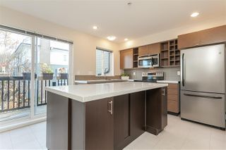 """Photo 6: 9 15833 26 Avenue in Surrey: Grandview Surrey Townhouse for sale in """"Brownstones"""" (South Surrey White Rock)  : MLS®# R2418579"""