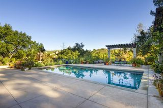 Photo 5: SOUTH ESCONDIDO House for rent : 4 bedrooms : 16044 Highland Valley Road in Escondido
