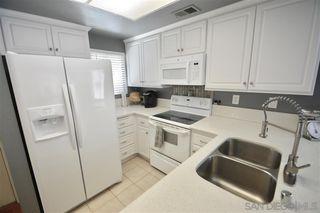 Photo 3: SPRING VALLEY Condo for sale : 2 bedrooms : 8959 Windham Ct