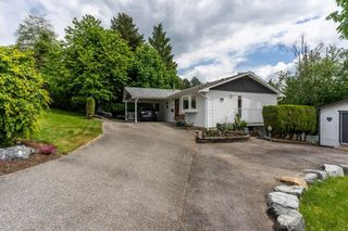 Main Photo: 2330 SENTINEL Drive in Abbotsford: Central Abbotsford House for sale : MLS®# R2464938