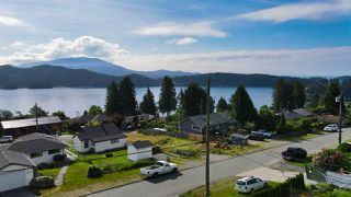 Photo 13: 629 MARTIN Road in Gibsons: Gibsons & Area House for sale (Sunshine Coast)  : MLS®# R2469876