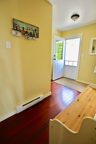 Photo 18: 629 MARTIN Road in Gibsons: Gibsons & Area House for sale (Sunshine Coast)  : MLS®# R2469876