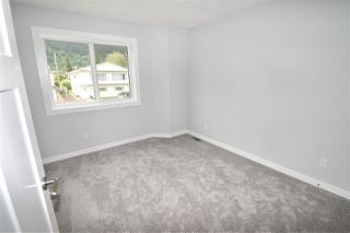 Photo 16: 4044 2ND Avenue in Smithers: Smithers - Town 1/2 Duplex for sale (Smithers And Area (Zone 54))  : MLS®# R2480712