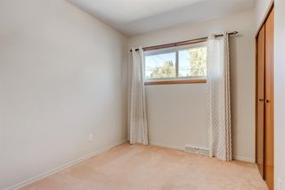 Photo 12: 3835 CHARLESWOOD Drive NW in Calgary: Charleswood Detached for sale : MLS®# A1020655