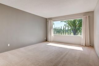 Photo 2: 3835 CHARLESWOOD Drive NW in Calgary: Charleswood Detached for sale : MLS®# A1020655