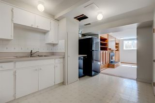 Photo 18: 3835 CHARLESWOOD Drive NW in Calgary: Charleswood Detached for sale : MLS®# A1020655