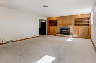 Photo 15: 3835 CHARLESWOOD Drive NW in Calgary: Charleswood Detached for sale : MLS®# A1020655
