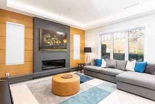 """Photo 5: 894 W 19TH Avenue in Vancouver: Cambie House for sale in """"CAMBIE"""" (Vancouver West)  : MLS®# R2484635"""
